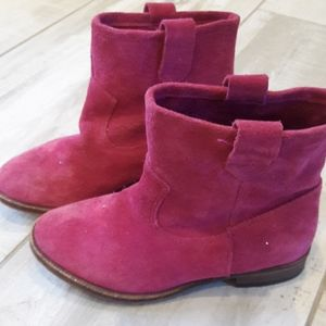 Tucker +Tate pink suede cowboy boots